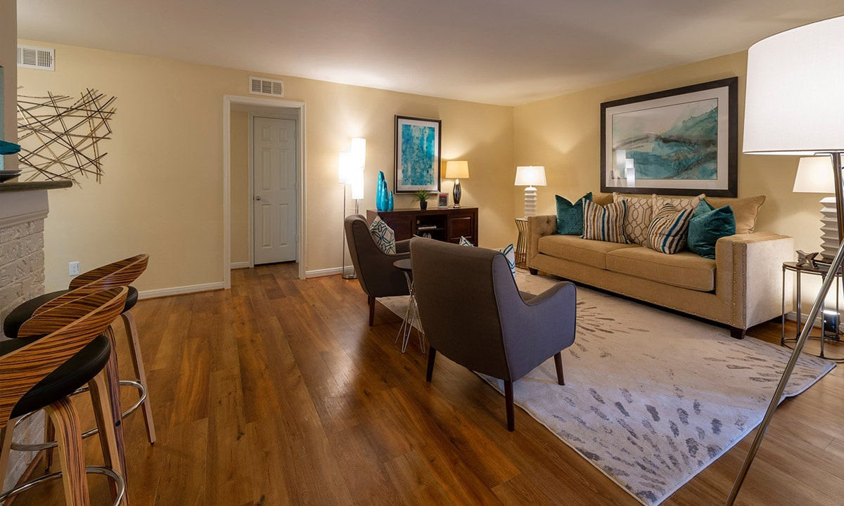 Gallery 20 | Colony Oaks Bellaire Appartments